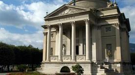 Tempio Voltiano - >Como