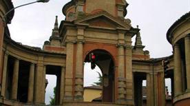 Arco Meloncello e Portico San Luca - >Bologna