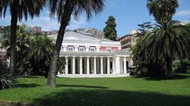 Villa Pignatelli - >Napoli