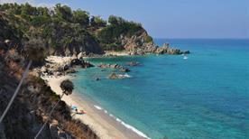 Spiaggia Libera - >Zambrone