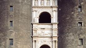 Arco di Trionfo di Alfonso d'Aragona - >Napoli