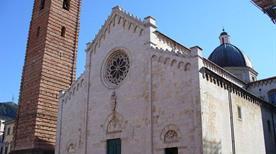 Duomo di San Martino - >Pietrasanta
