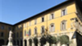 Palazzo Comunale - >Prato