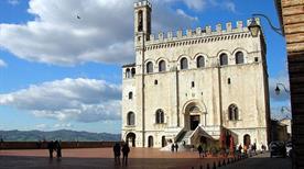 Palazzo dei Consoli XIV secolo - >Gubbio