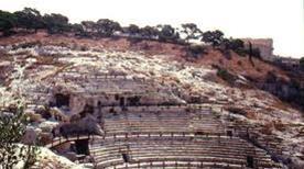 Anfiteatro romano - >Cagliari