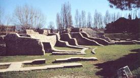 Anfiteatro romano - >Rimini