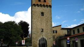 Torre Arnolfo di Cambio - >Castelfranco di Sopra
