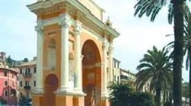 Arco a Margherita Teresa di Spagna - >Finale Ligure