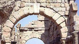 Tindari - Resti Mura di Cinta (396 a.c.) - >Patti