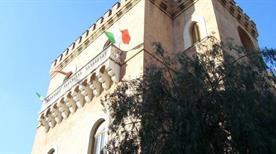 Pinacoteca Comunale F. Galante Civera - >Margherita di Savoia