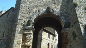 Porta all'Arco - >Volterra