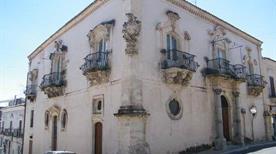 Palazzo Zacco - >Ragusa