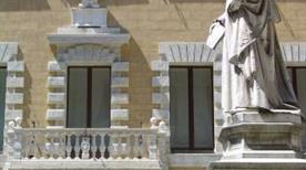 Palazzo Tantucci - >Sienne