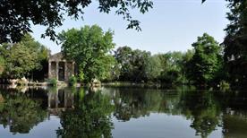 Giardini di Villa Borghese - >Rome