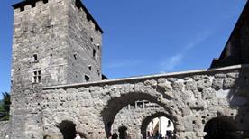 Porta Praetoria - >Aosta
