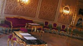 Palazzo Ducezio - Sala degli Specchi - >Noto