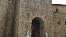 Porta San Francesco - >Volterra