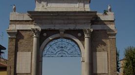 Porta Nuova - >Ravenna