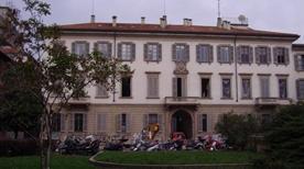 Palazzo Borromeo - >Milano