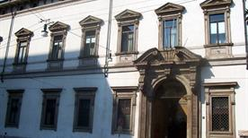 Palazzo Arcivescovile - >Milano