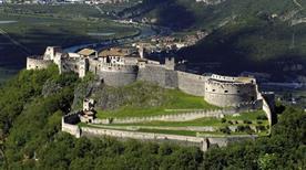 Castel Beseno - >Besenello