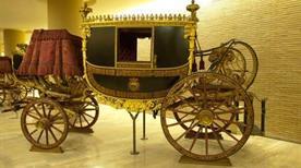 Musei Vaticani: Padiglione delle Carrozze - >Rome