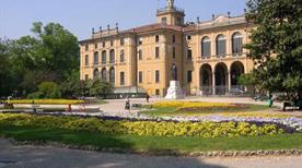 Palazzo Dugnani - >Milano