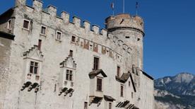 Castello del Buonconsiglio - >Trento