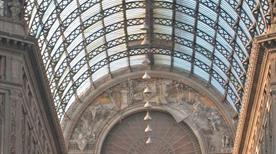 Galleria Umberto i - >Napoli