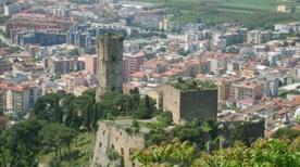 Castello di Maddaloni  - >Maddaloni