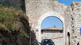 Porta Perlici - >Assisi
