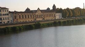 Ex Convento delle Benedettine Lungarno - >Pisa