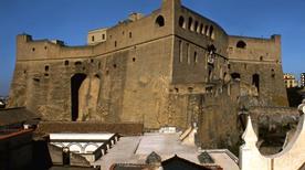 Castel Sant'elmo - >Napoli