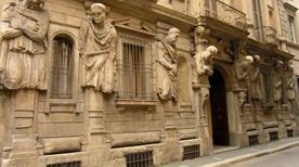 Casa degli Omenoni - >Milano