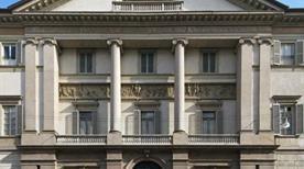 Palazzo Serbelloni - >Milano