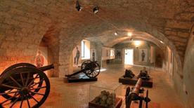 Museo Storico delle Armi - >Civitella del Tronto