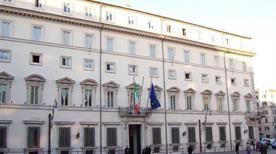 Palazzo Chigi - >Rome