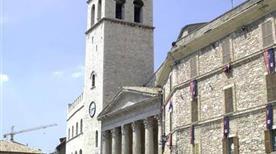 Torre del Popolo - >Assisi