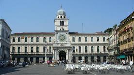 Piazza dei Signori - >Padova