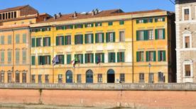 Palazzo Vitelli  - >Pisa