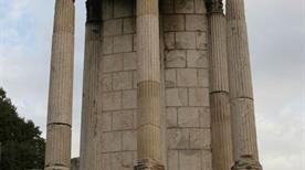 Tempio di Vesta - >Rome