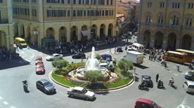 Piazza Dante - >Imperia
