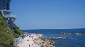 Spiaggia del Passetto Ascensore a mare - >Ancona