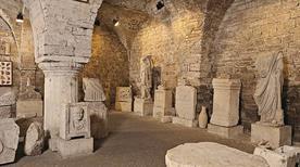 Foro Romano e Collezione Archeologica - >Assisi