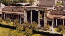 Villa di Oplontis e Villa Lucius Crassus Tertius - >Torre Annunziata