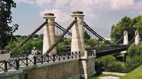 Ponte Pensile o Borbonico - >Minturno