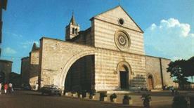 Chiesa di S. Chiara - >Chieti
