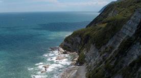 Spiaggia Sentiero per la Scalaccia - >Ancona