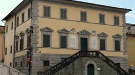 Palazzo Moroni - >Pietrasanta
