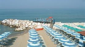 Spiaggia Vittoria - >Pisa